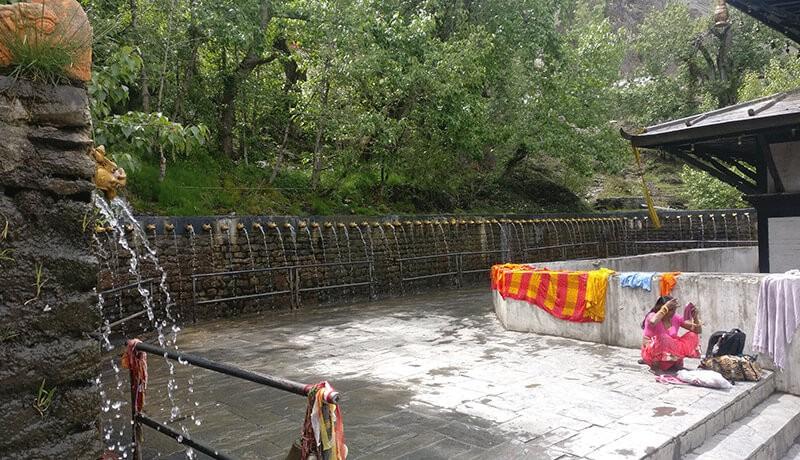 muktinath 108 dhara taps
