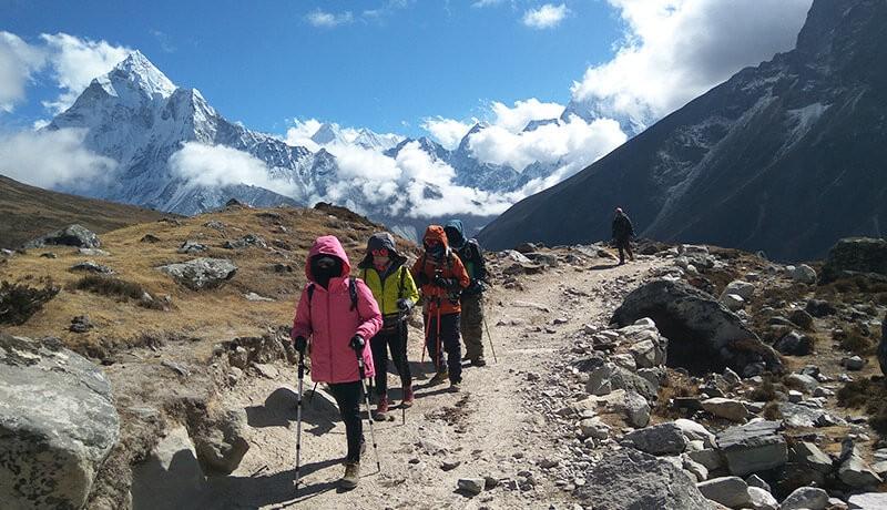 Gokyo Cho La Pass EBC Trekking