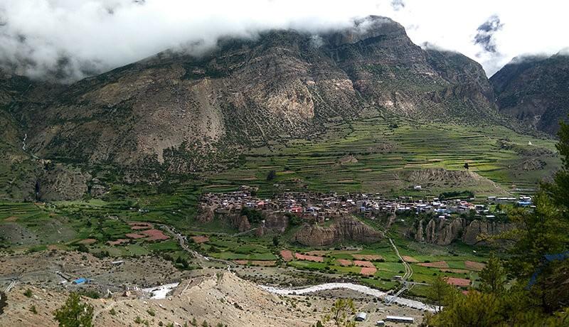 manang village nepal