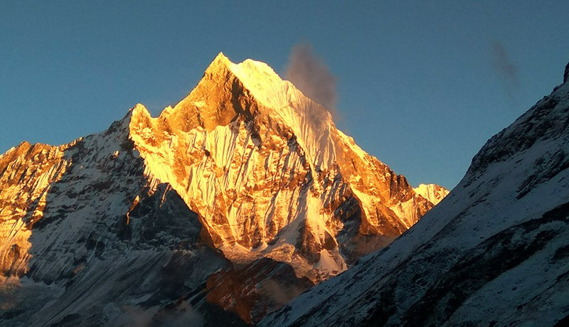 mount fishtail annapurna helicopter tour