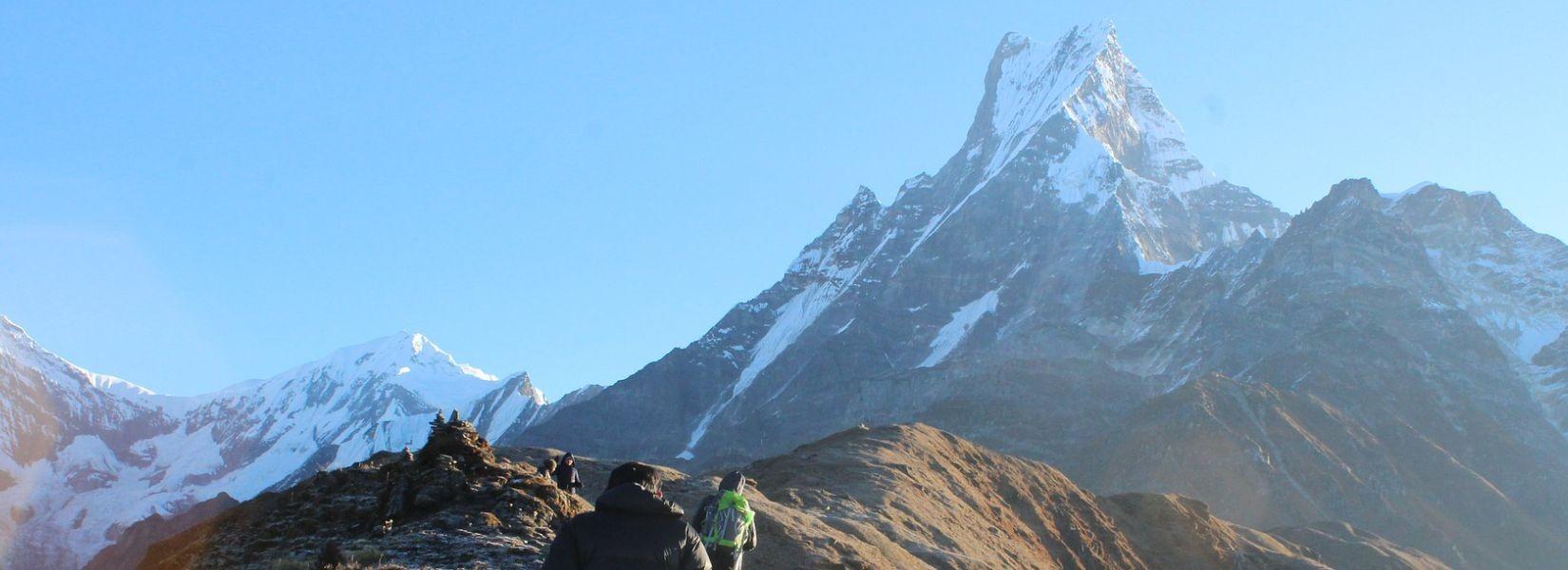 trekking in nepal on budget